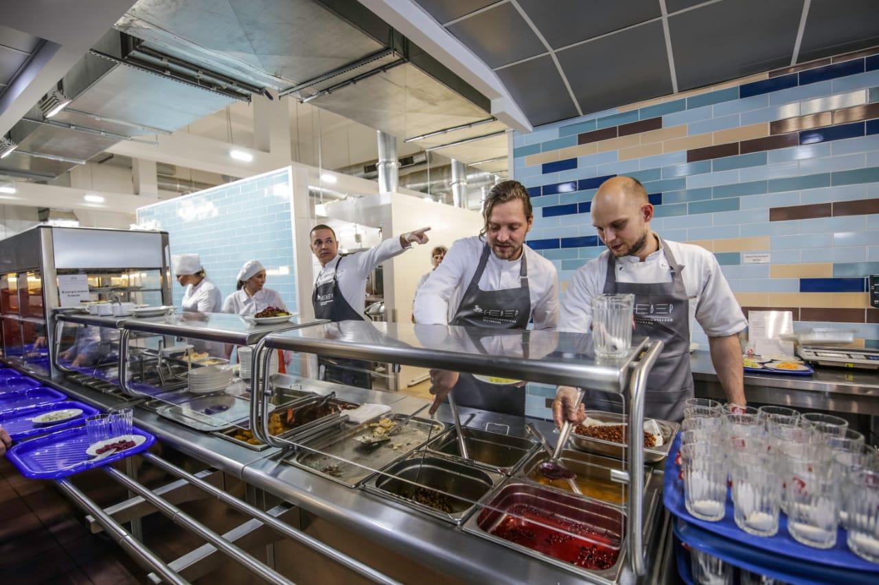 Высокая кухня вновь пришла на производство
