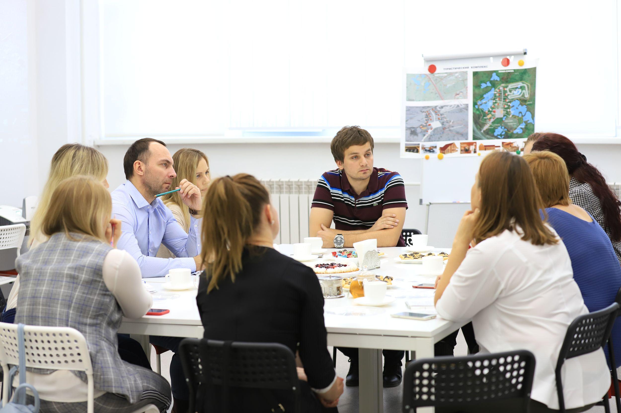 """Реализацию проекта создания комплекса отдыха в районе Оганера обсудили на """"Кухне городских идей"""""""