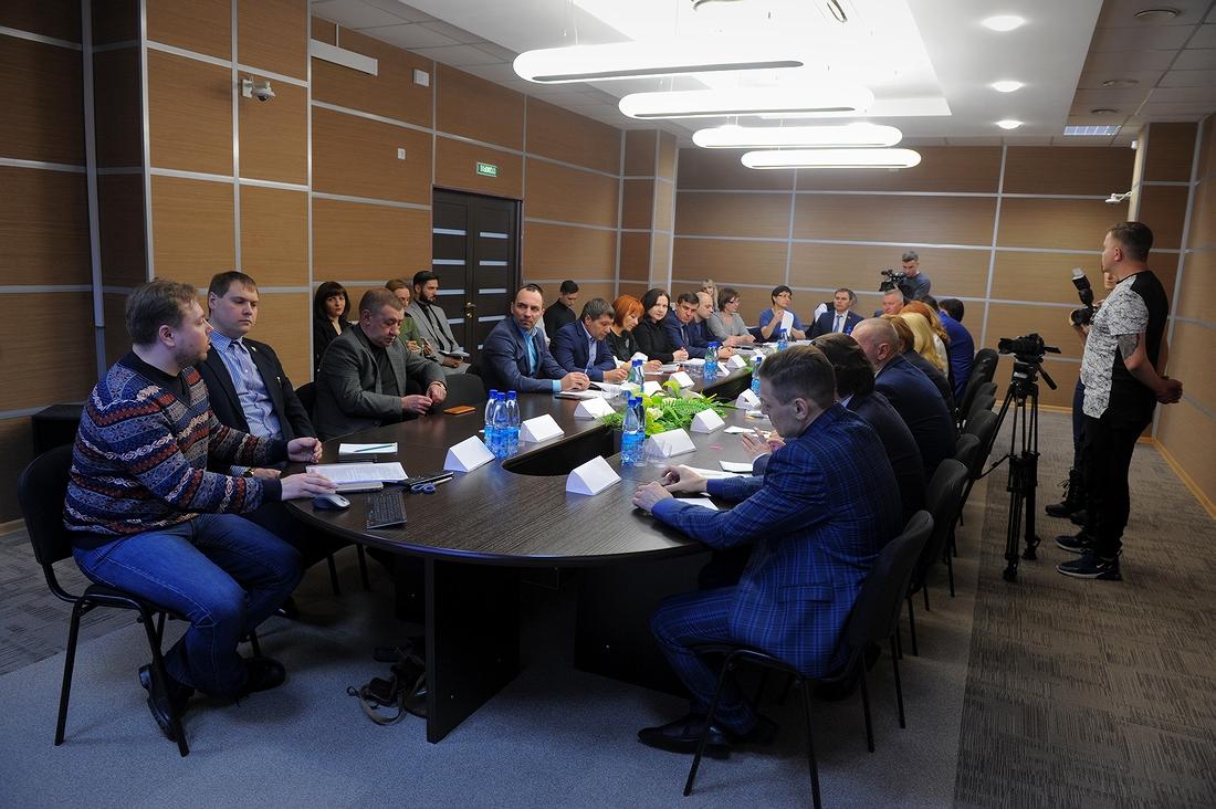 Итоги комплексного исследования малого и среднего бизнеса в Норильске представили на круглом столе в МФЦ