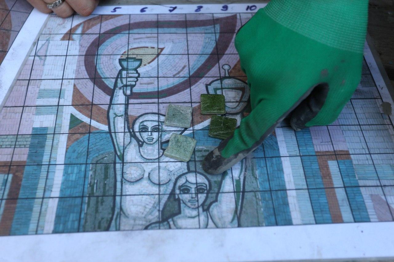 К концу лета на Комсомольскую вернется еще одна мозаика
